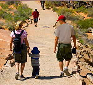 Hiking near Yuma Lakes Resort