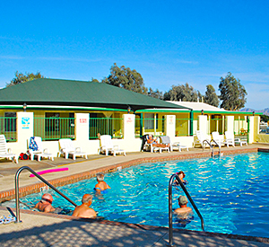 Yuma Lakes Resort - Heated Swimming Pool